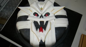 """""""I Hunger!"""" – The Sinistar Cake"""